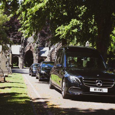 Hopkinson-funeral-fleet-cars-cemetery
