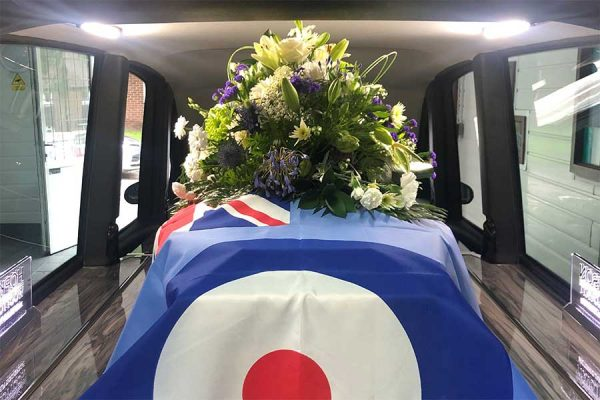 RAF-Funeral-floral-tribute-Hopkinson-05